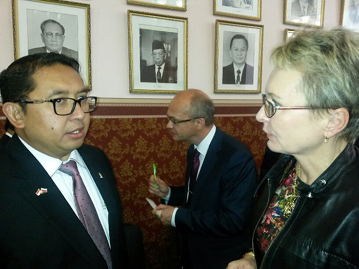 Ms Irina Gorbulina With The Vice Chairman Of The House Of Representatives Of The Republic Of Indonesia Mr Fadli Zon